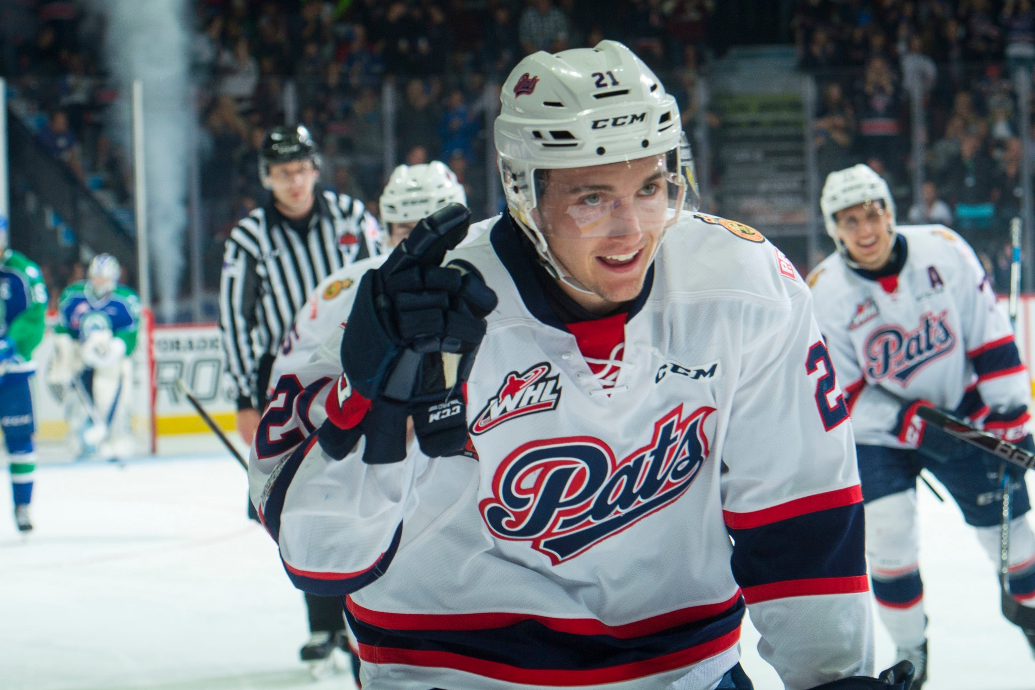 18d7e5c4817 Henry s hat-trick sends Regina to Memorial Cup semi-final and ends Swift  Current s season